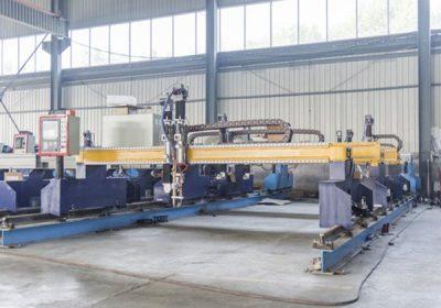 China Jiaxin 1300 * 2500mm mașină de tăiat cu plasmă zona Woking pentru tăietor de metal Plasma special stat sistem LCD de control al panoului